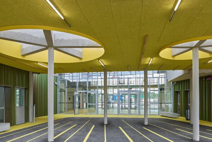 Collège à Saint Hilaire de Loulay Arcadial Production charpentier fabricant de bâtiments ossature bois
